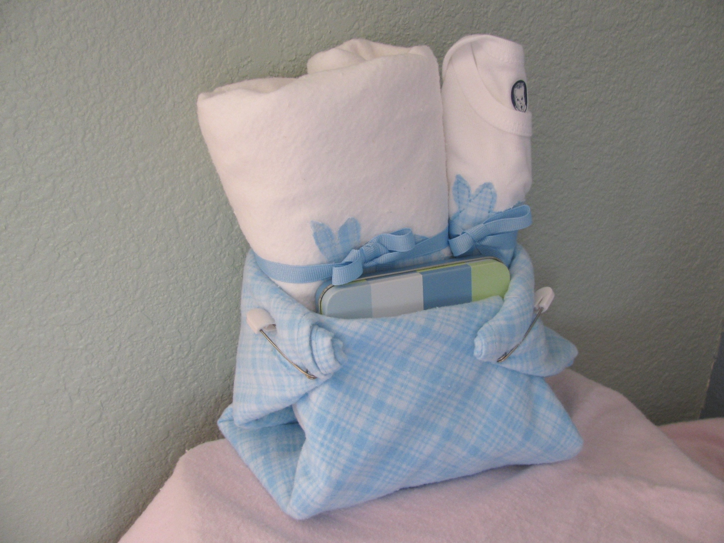 Baby Gift For Boy : The perfect baby shower gift for boys