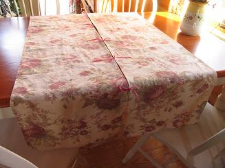 This is a fun project that requires only minimal sewing experience.  They are  joined together with ribbon bows for a different spin on the classic table runner.  Materials:    A piece of fabric long [...]