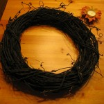 spray paint a grapevine wreath