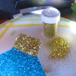 sprinkle gold glitter on end