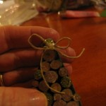 glue a little bow on the top of tree1 150x150 Christmas tree ornaments made with wood pieces