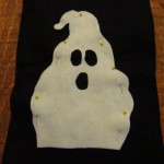 pin ghost to front of bag2 150x150 Easy to make trick or treat bag for Halloween